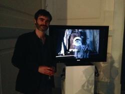 Mathieu Dufois devant son écran