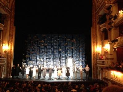 """23/05 au 25/07 2015 """"La Maison de Bernarda Alba"""" de Federico García Lorca.  Mise en scène de Lilo Baur Comédie Française http://www.comedie-francaise.fr/spectacle-comedie-francaise.php?spid=1414&id=517"""