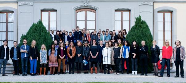 Les artistes de reGeneration3 autour de Tatyana Franck , Directrice du Musée de l'Elysée