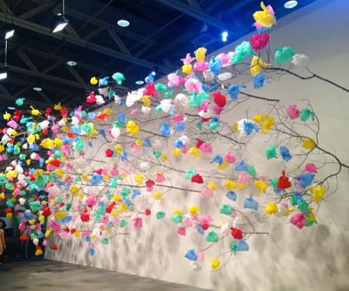 Pascale Marthine Tayou Plastic Tree, 2014 Galeriacontinua