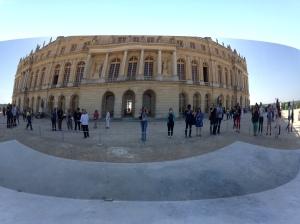 Anish Kapoor  - Château de Versailles. 2. C-Curve