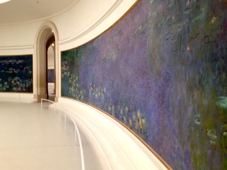 """Musée de l'Orangerie Claude Monet (1840-1926) """"Les nymphéas"""" https://thegazeofaparisienne.com/2015/07/06/un-soir-a-lorangerie-avec-monet/"""