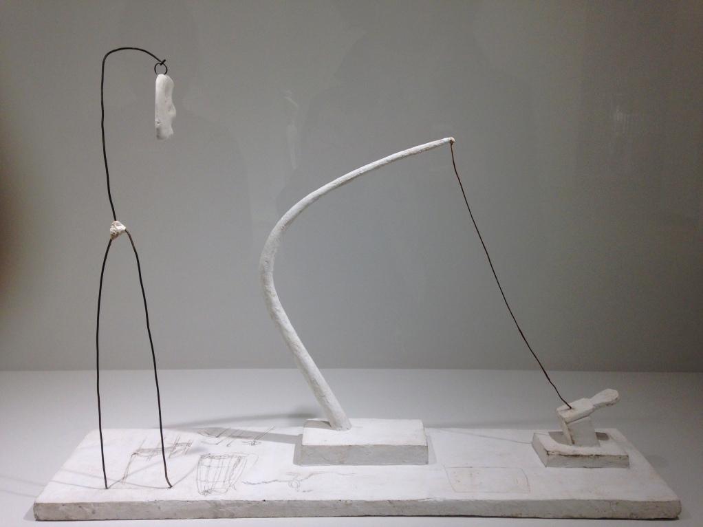 """Alberto Giacometti """"Fil tendu (fleur en danger)"""" 1932 Plâtre, métal et crayon Fleur reconstituée en 2015 avec le concours de la Alberto Giacometti Stift'ing Zurich."""