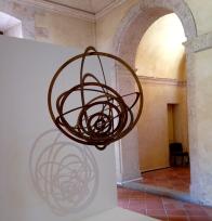Alexandre Rodtchenko Construction spatiale suspendue n°9, cercle dans un cercle Edition sur 7 1920-1921 contreplaqué ; 90 x 80 x 85 cm Zurich, Galerie Gmurzynska