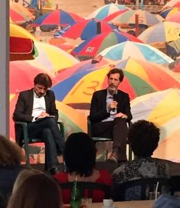 """Ralph Rugoff- Commissaire invité de la 13 ème édition de la Biennale de Lyon pour """"La Vie Moderne"""" / Directeur de la Hayward gallery de Londres"""