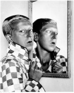 Claude Cahun,Autoportrait vers 1928 ©claude Cajun