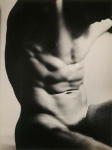 Laure Albin-Guillot, Nu masculin 1935-1939 @Laure Albin-Guillot / Roger-Viollet