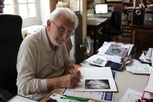 Lucien Clergue dans son atelier ©BernardSoria