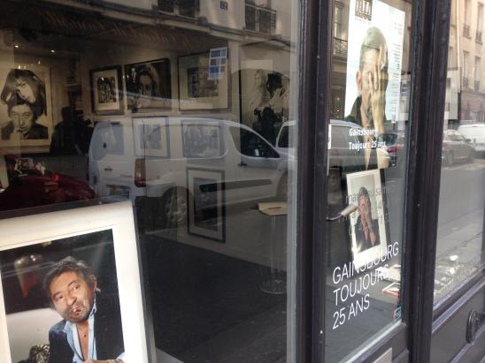 Galerie HEGOA, en vitrine photo de Michel Giniès ©TheGazeofaParisienne