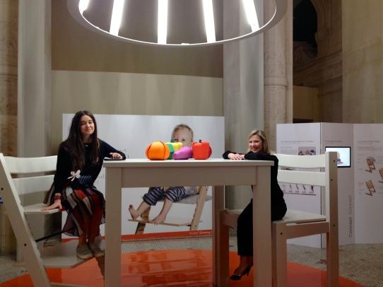 Chaise Tripp Trapp au musée des Arts Déco ©Thegazeofaparisienne