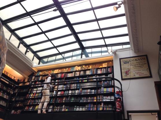 Librairie Galignani ©Thegazeofaparisienne