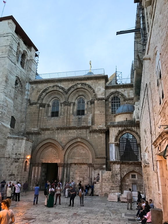 The Holy Sepulchre ©Thegazeofaparisienne