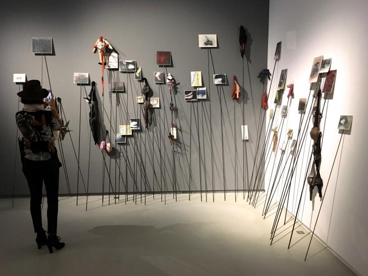 """Anette Messager """"Les Piques"""" 1992"""
