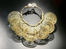 Calder colllier 7 spirales vers 1940