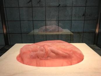 """Schinkel Pavillon - Louise Bourgeois """"Couple"""" 2003"""
