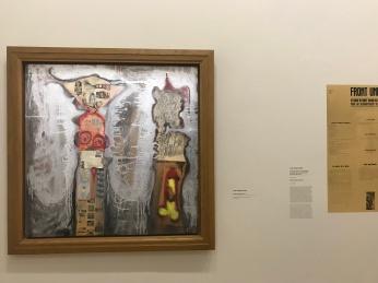 Jean-Jacques Lebel Coulple New Yorkais, 1961 - Collage sur bois avec des letres de François Dufrêne et Erro - Coll. particulière