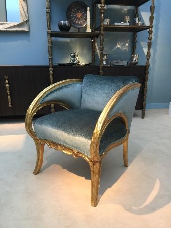 Paire de fauteuils de JUAN BUSQUETS I JANE en bois doré cira 1900 Galerie MATHIVET