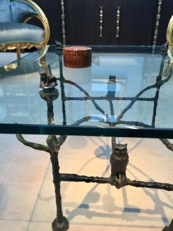 Tables basse en bronze, modèle aux Hibous et grenouilles de DIEGO GIACOMETTI cira 1963 Galerie MATHIVET