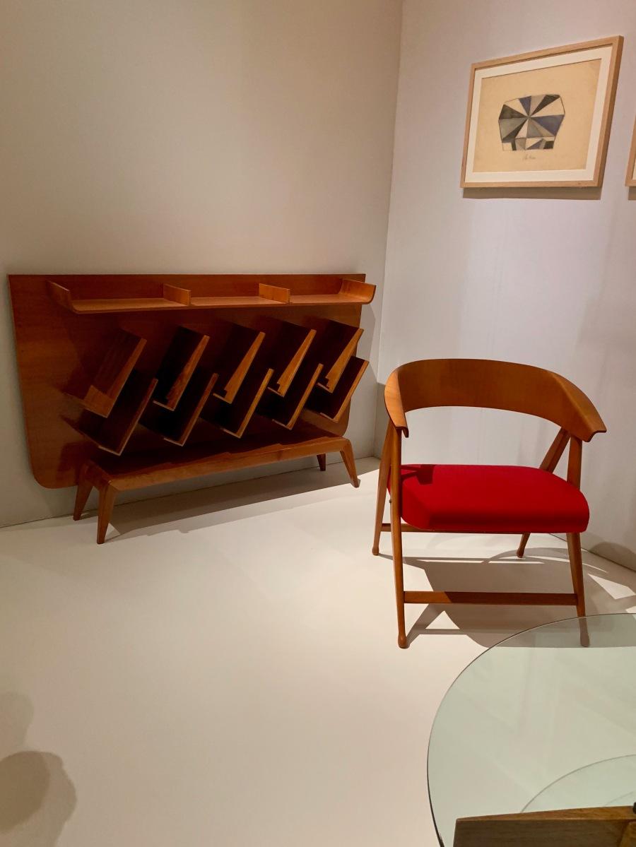 porte revues et chaise pliante