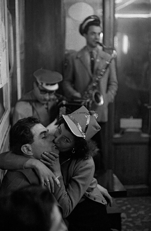 Carnaval à Bastille, 1956 © Frank Horvat